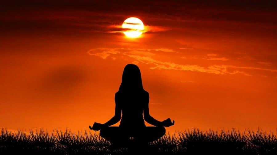 Méditation pour se nettoyer intérieurement et accueillir le positif
